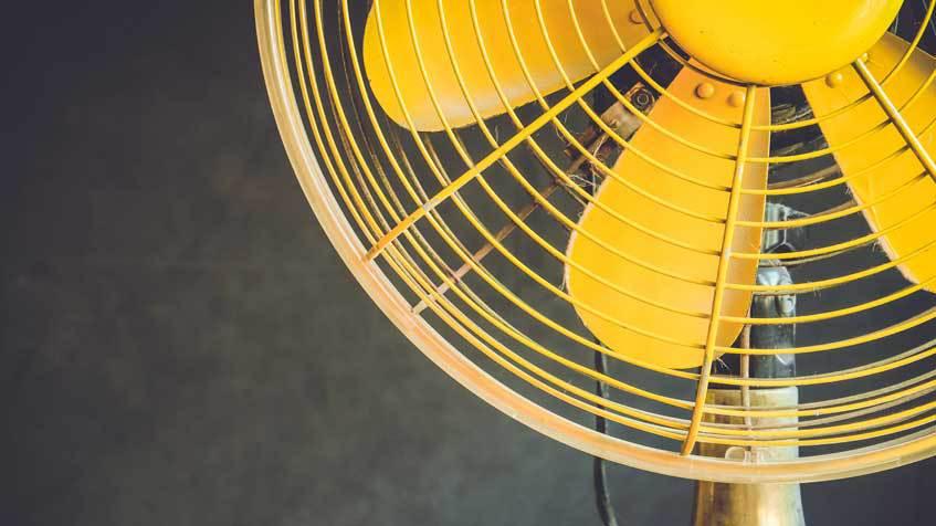 Consuma più energia il climatizzatore o il ventilatore?