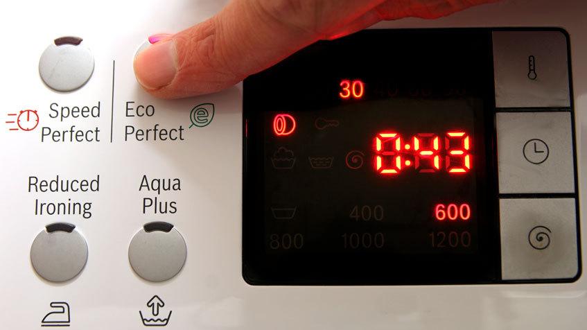 Risparmio energia lavatrice: gli orari in cui conviene