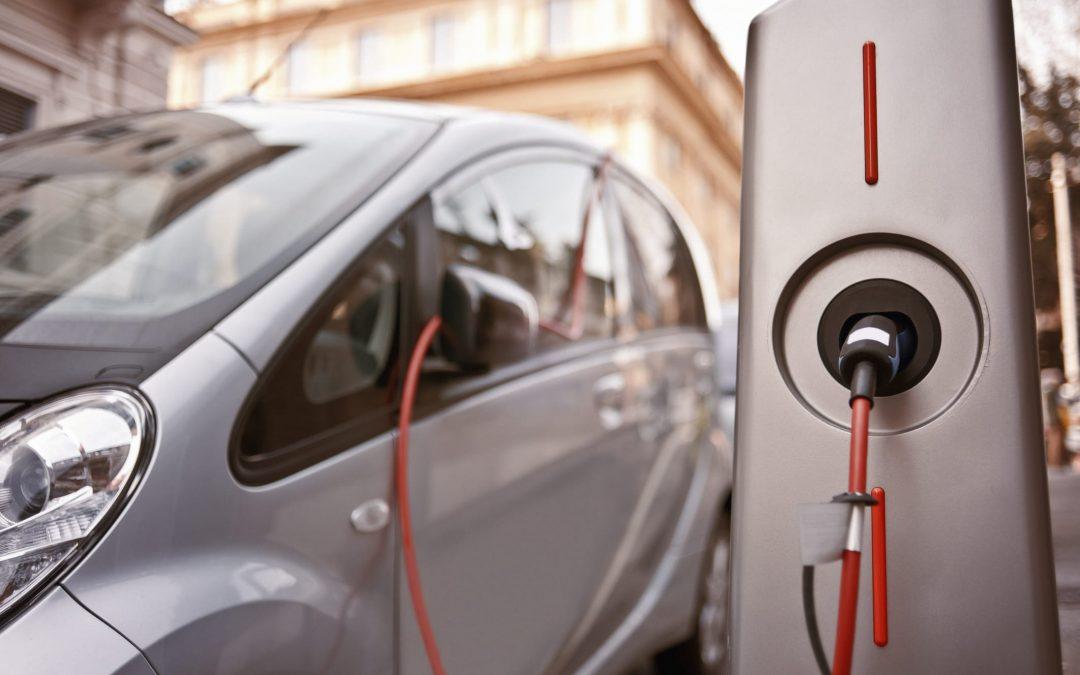 Accordo Energit-Ressolar sulla fornitura di energia per colonnine di ricarica di auto elettriche